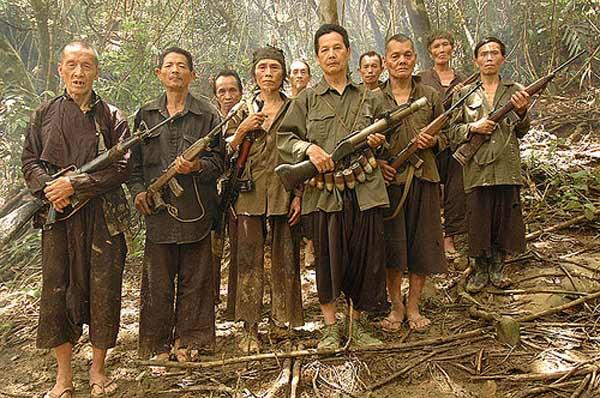 Guerrilleros-Hmong-Laos.jpg